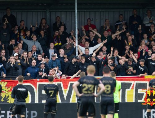 Tiental Go Ahead Eagles pakt punt in de polder